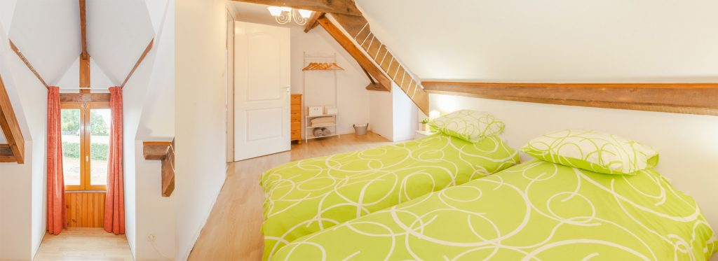 Discover our Amelia gite that sleeps six people in Percy, Normandy - France